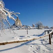 Mirów zimą