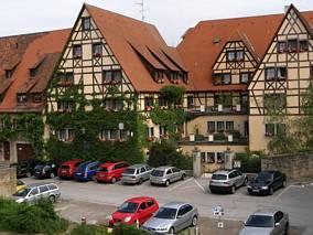 Typowe kamienice Rothenburga