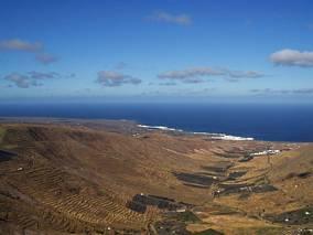 Lanzarote - dolina z tarasami
