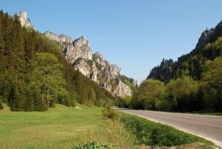 Dolina Vratna - widok na Tiesnavy