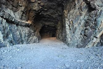 Ajuy - wejście do jaskini
