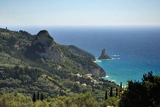 Malutka wysepka - skała Tholeta