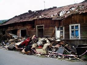 Dom po pożaże